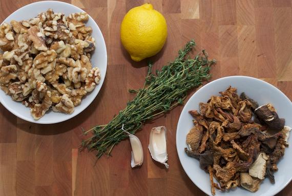 mushroom-walnut 1